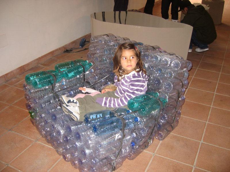 Poltrona Bottiglie Di Plastica.Laguna Di Nora Oltre La Raccolta Differenziata